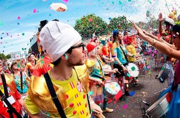 Já começou a planejar sua festa de carnaval?