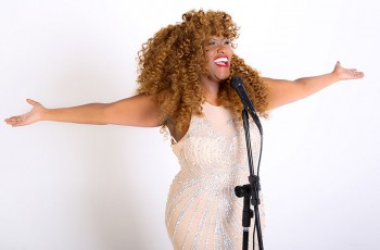 Vanessa-Jackson--Da-TV-para-os-palcos