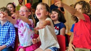 central-brasileira-de-shows-organize-um-show-para-as-criancas-dos-seus-colaboradores